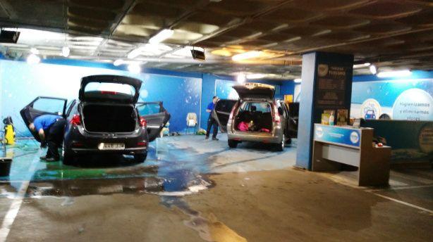 puedes comenzar tu propio lavado de coches en el garaje de tu casa