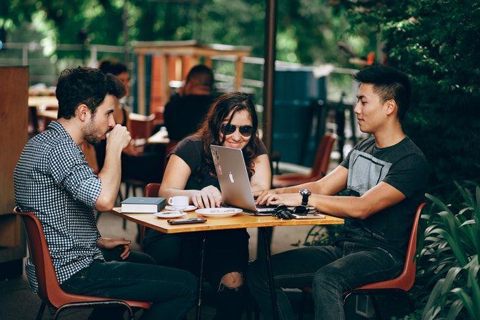 ganar dinero invirtiendo en startups