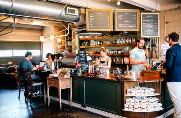 Cafetería, uno de los negocios más rentables