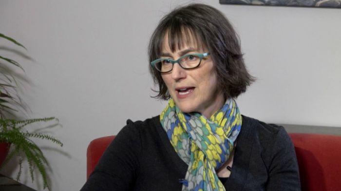 Barbara Fredrickson y el poder del pensamiento positivo desde la ciencia