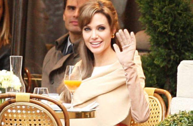 Turista - angelina Jolie errores de dinero